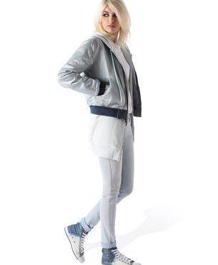 http://store.diesel.com/fr/diesel/sneaker_cod44741758of.html#dept=ftwrdsl